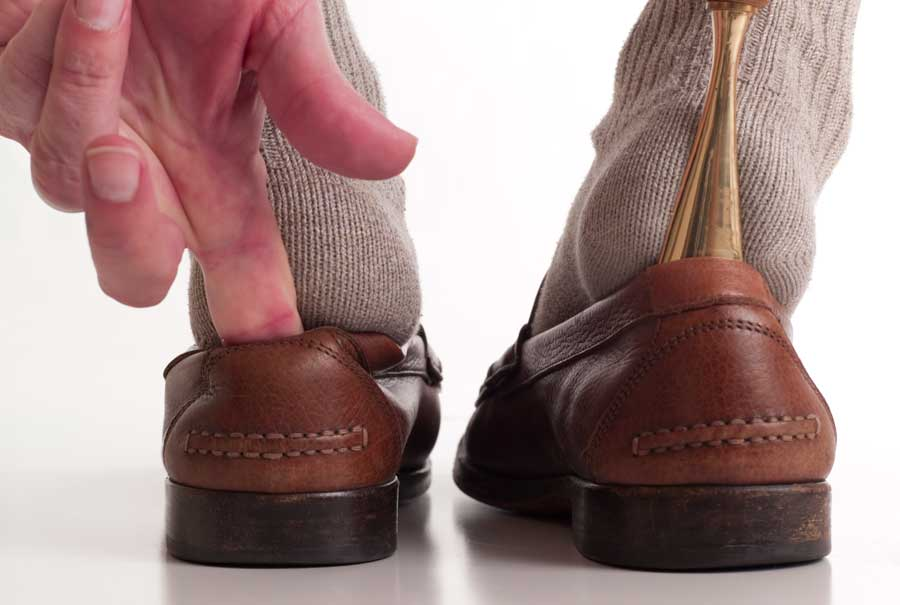 Footwear for fall prevention