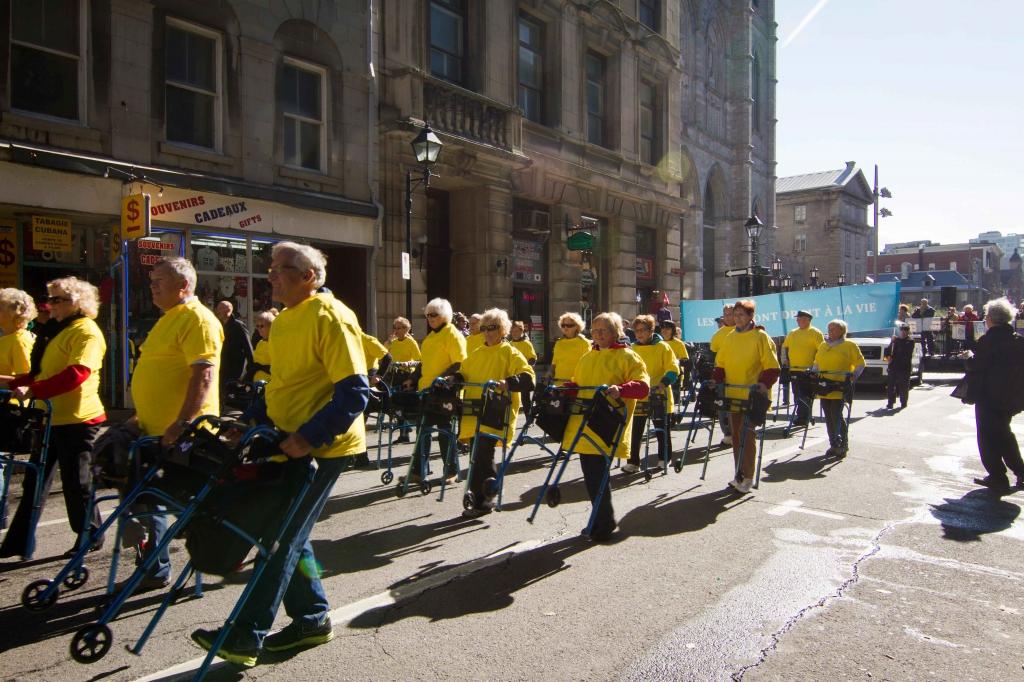 Parade of Hugo Walkers